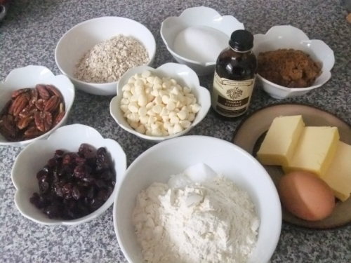 cranberry and white chocolate cookie ingredients