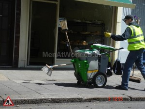 street sweeping cart